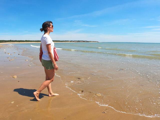 coronavirus plages tranche sur mer